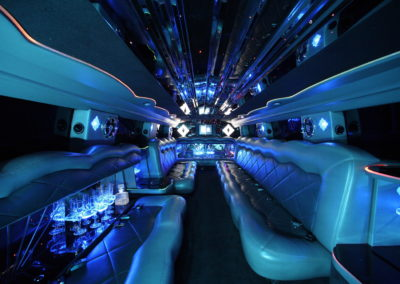 Interior hummer limo turquiose blue lighting