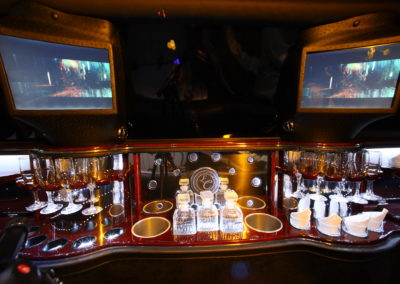 Luxury Car Service bar
