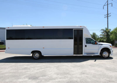 Large Party Bus Rental Service